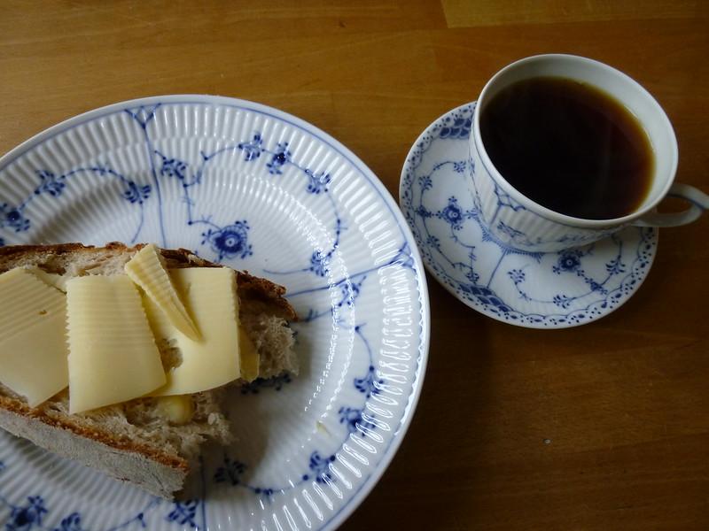 Maridar queso y café: trucos y consejos